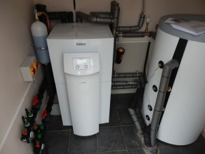 underfloor heat pump installation